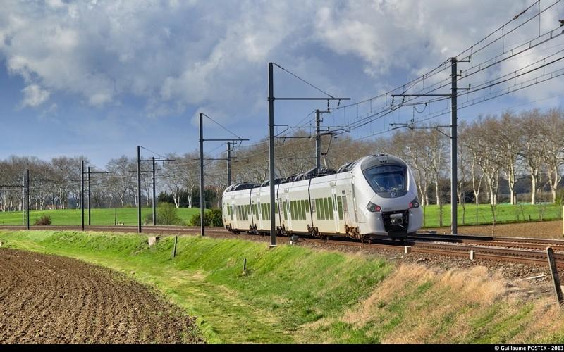 Photos et vidéos de la ligne Bordeaux - Toulouse - Narbonne - Sète (2007-2013) - Page 38 Tdmimg10