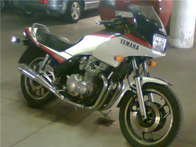 Vos anciennes motos - Page 2 Yamaha11