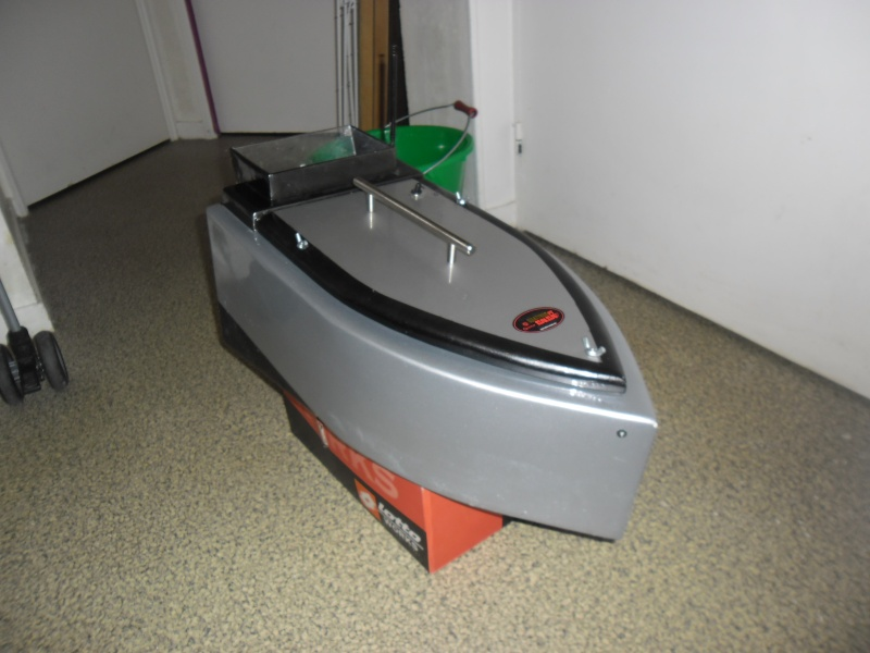 bateau amorceur - bateau amorceur maison  Sam_0810