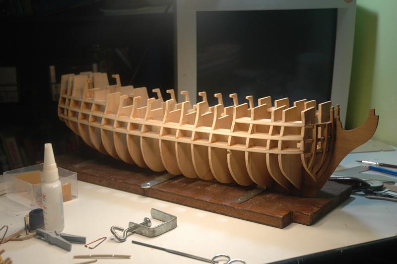 HMS Victory de Mantua au 1/98° Coque-18