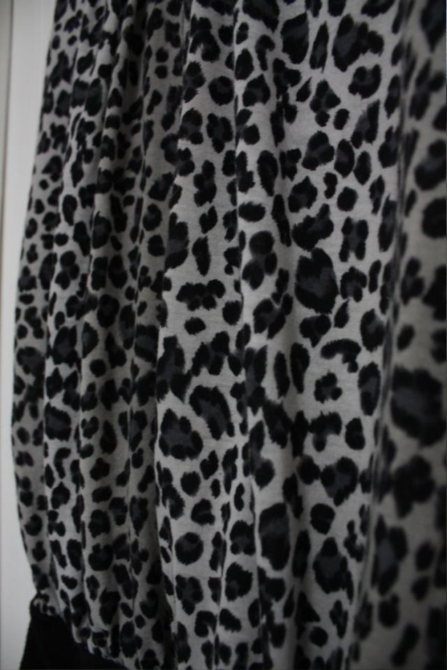 [NEW] Vends Robe léopard et bottes à talons Img_4512