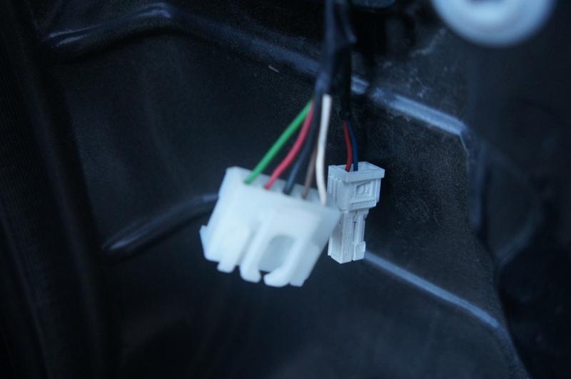 Installation radar de recul sur Fiat Panda  Dsc03210