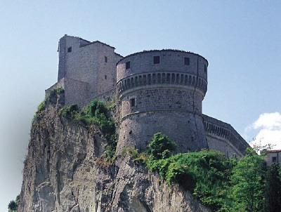 Edifici e luoghi misteriosi in Italia: consigli di viaggio San-le10