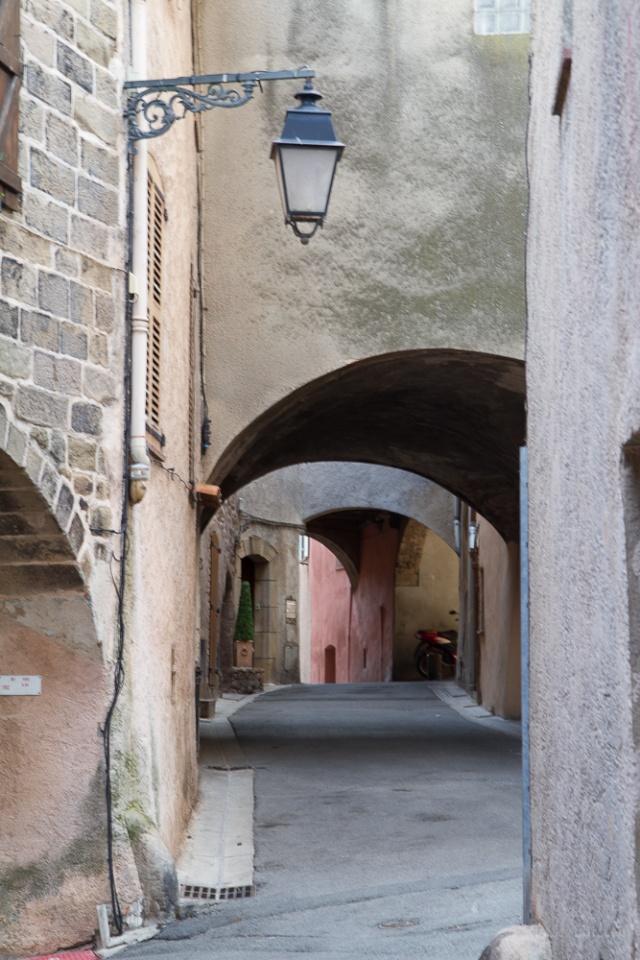 ruelle provencale Ej-20119