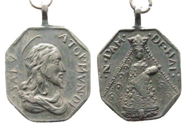 Recopilación medallas con el Rostro de Cristo ( Salvator Mvndi II) F6_hal10