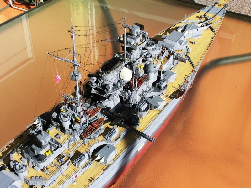 Bismarck 1:200 Trumpeter von Günter - Seite 8 Cimg0114