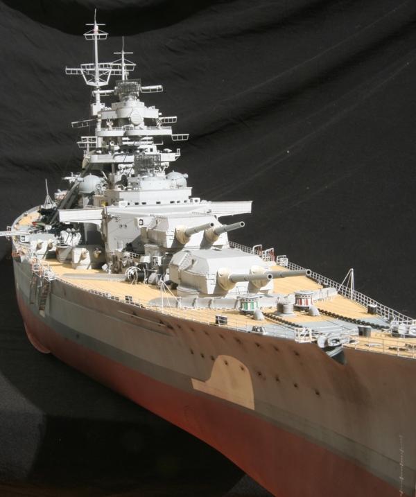 Bismarck 1:200 Trumpeter von Günter - Seite 7 Img_9616