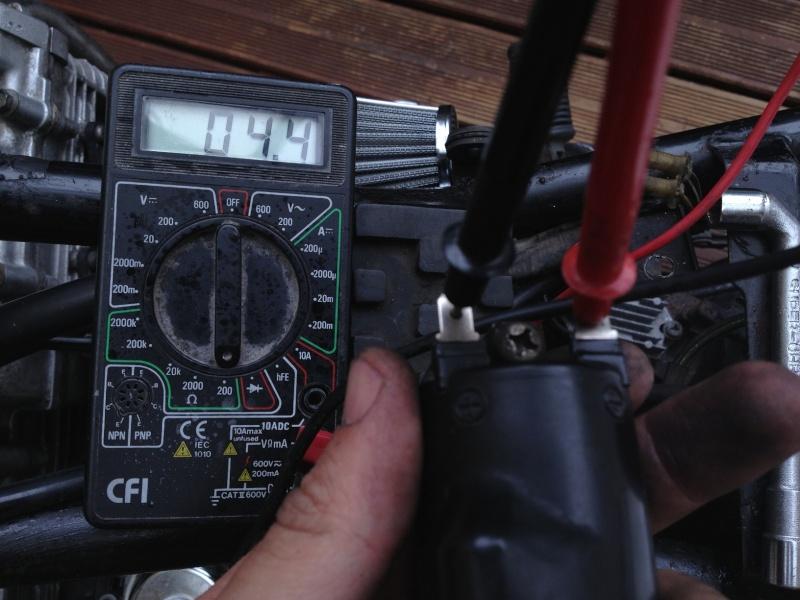 Suzuki - GSX400F Img_5519