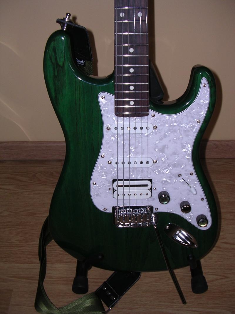 Photos de vos guitares. - Page 39 Dscn8411