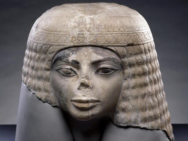 Egyptian model 'lookalike' Egypti10