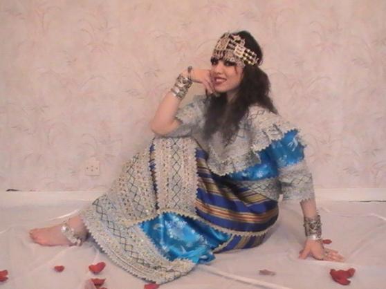 تصديرة العروس الجزائرية - الجبة القبائلية 3w6iq10