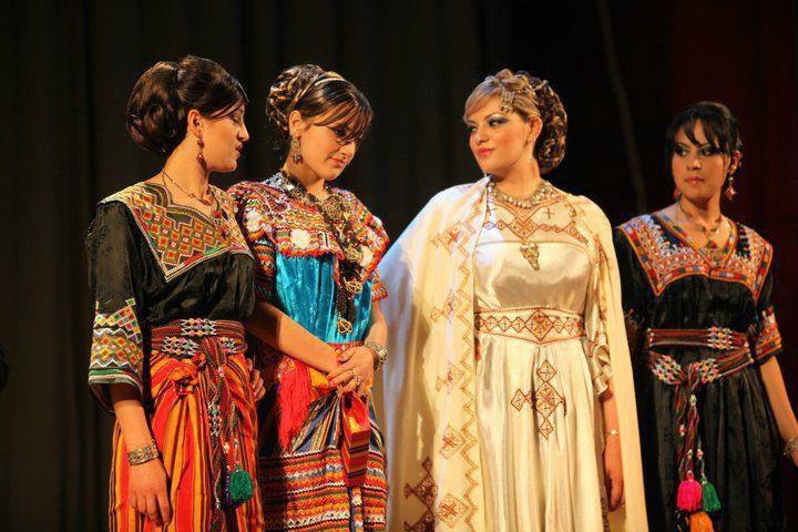 تصديرة العروس الجزائرية - الجبة القبائلية Ptxal10