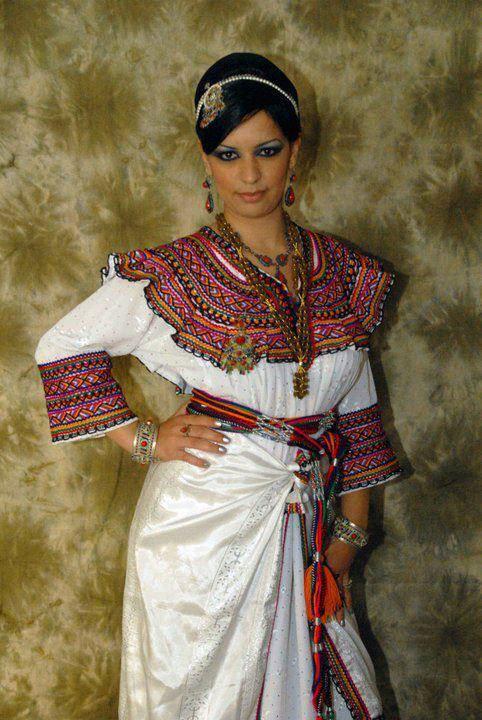 تصديرة العروس الجزائرية - الجبة القبائلية Tkihw10