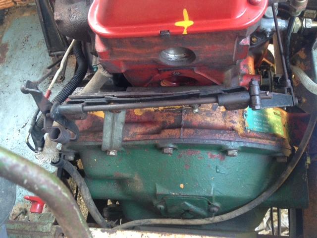un moteur ford dans un 404 ????? ...... Gf13