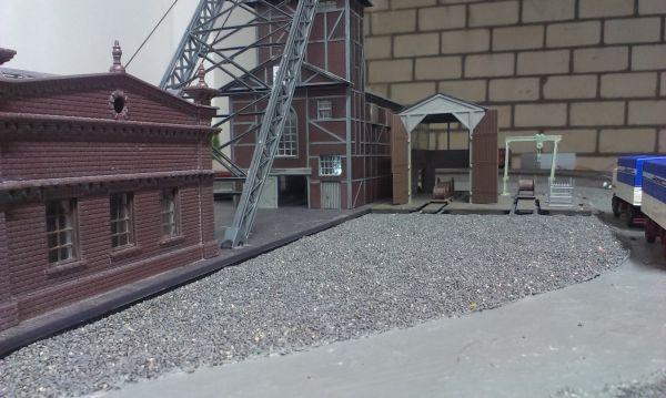erste Anfänge meiner Bahnanlage in H0 Imag0316