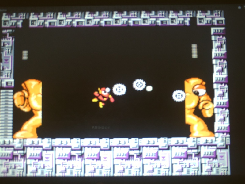Megaman Day in the Limelight 2 soluce pour les pieces cachée Pict0057