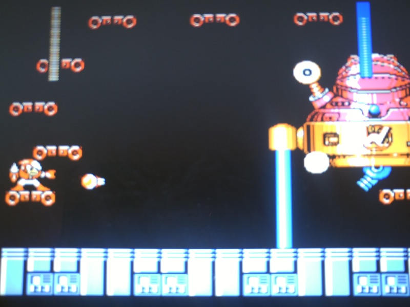 Megaman Day in the Limelight 2 soluce pour les pieces cachée Pict0059