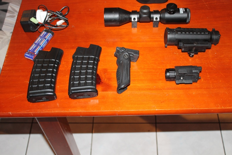 accessoires Airsofts + steyr aug a3 Img_4510