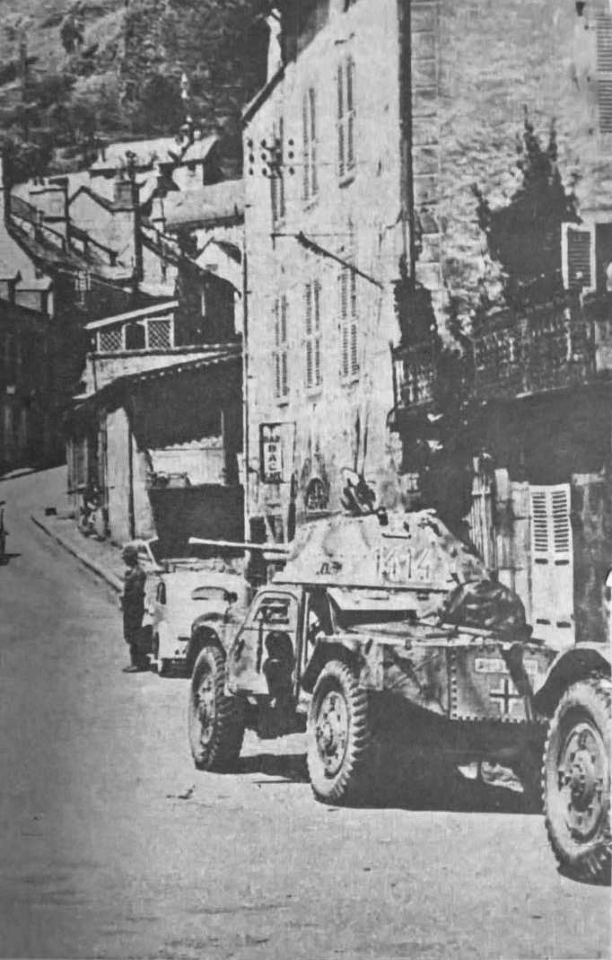 [Photos] Véhicules des troupes allemandes en Auvergne ! 49949310