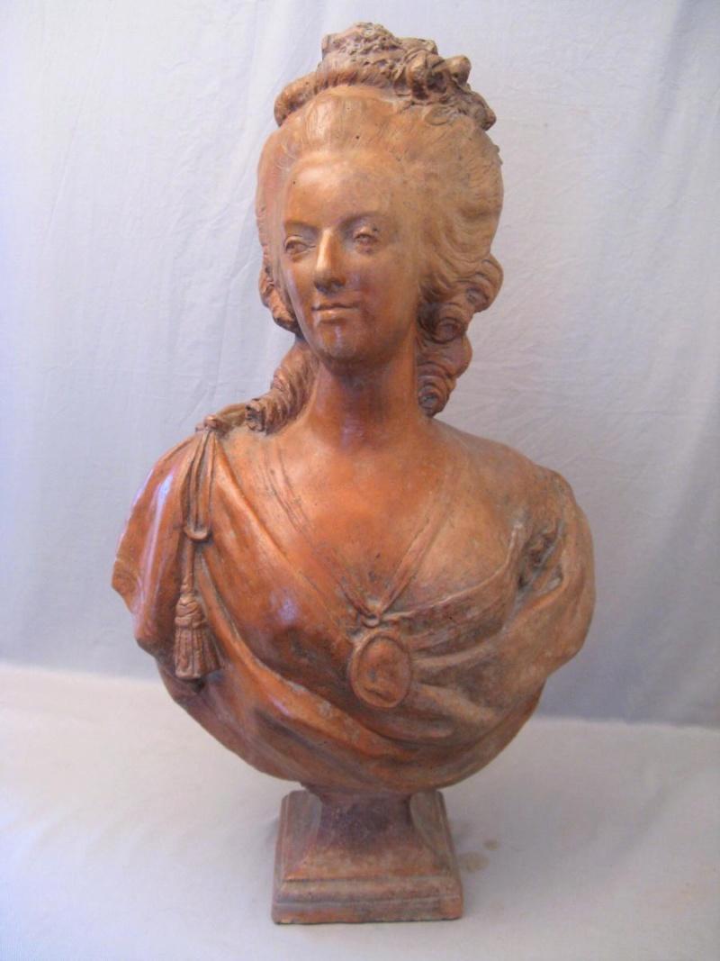 A vendre: bustes Marie Antoinette - Page 9 43651611