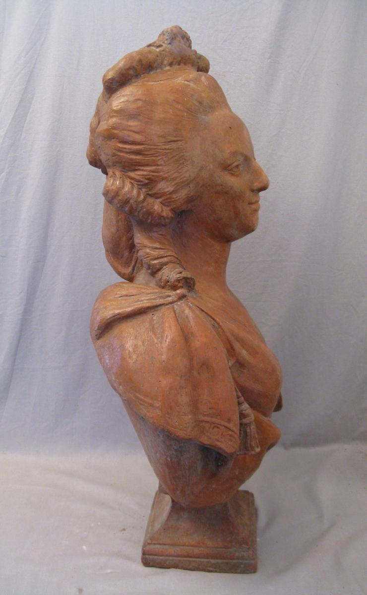 A vendre: bustes Marie Antoinette - Page 9 43651613