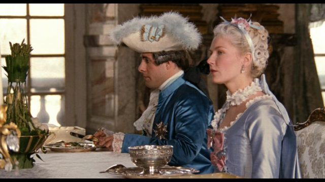 Marie Antoinette avec Kirsten Dunst (Sofia Coppola) - Page 5 Marie-10
