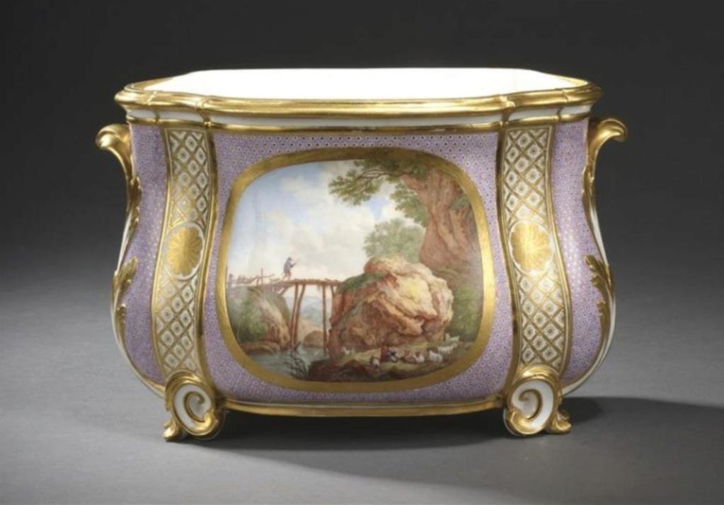 Préemptions par le Musée National du château de Versailles Pot_fl10