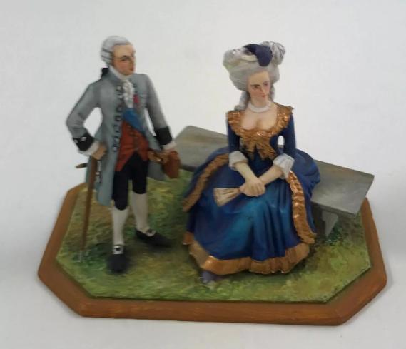 A vendre: Louis XVI et Marie Antoinette - Page 6 Tzolzo13