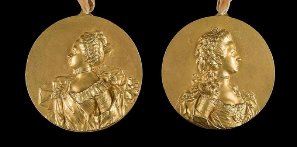 Pièces, médailles et médaillons mis en vente - Page 6 Zducz21