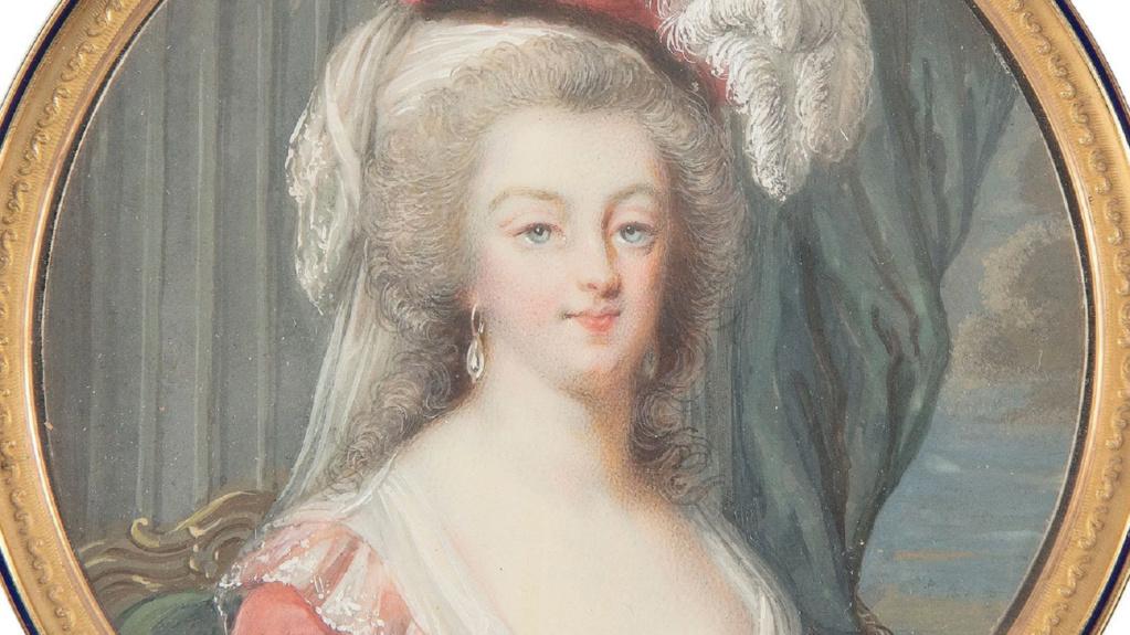 Marie-Antoinette au livre en robe bleue - Page 4 Zducz23