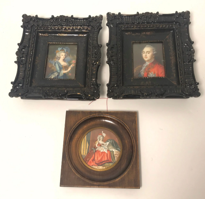 A vendre: miniatures de Marie Antoinette et de ses proches - Page 15 Zlougr15