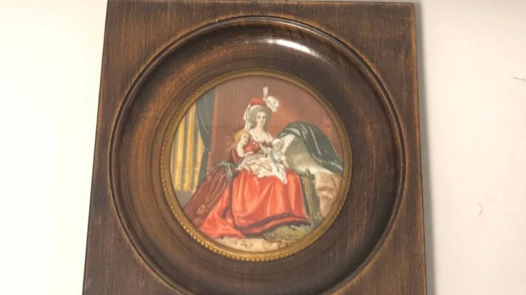 A vendre: miniatures de Marie Antoinette et de ses proches - Page 15 Zlougr18