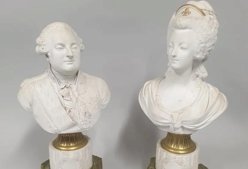 A vendre: Louis XVI et Marie Antoinette - Page 8 Zzzz212