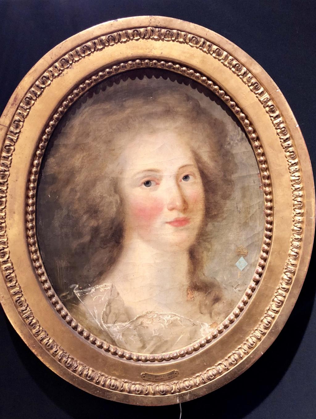 Madame Élisabeth, sœur  de Louis XVI - Page 7 401a5910