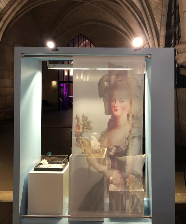 Exposition à la Conciergerie : Marie-Antoinette, métamorphoses d'une image  - Page 4 570ee310