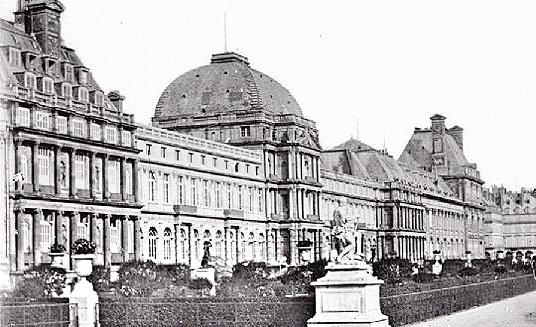 Le palais des Tuileries - Page 10 620ab810