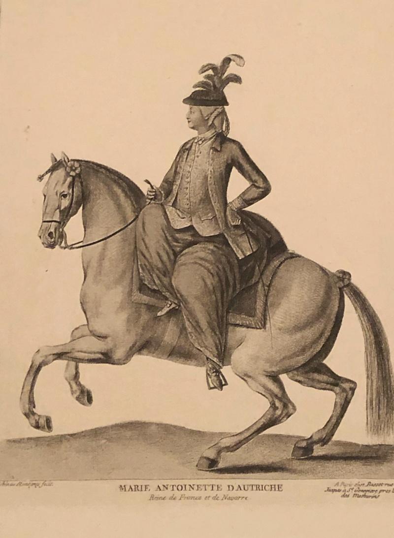La reine Marie-Antoinette à cheval  6f378010