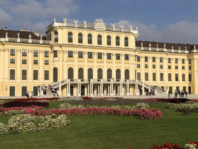 Le palais de Schönbrunn - Page 4 A06ed910