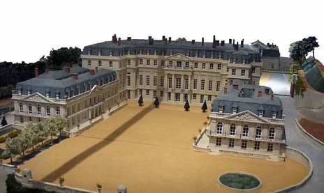 Le château de Saint-Cloud - Page 18 F64db410