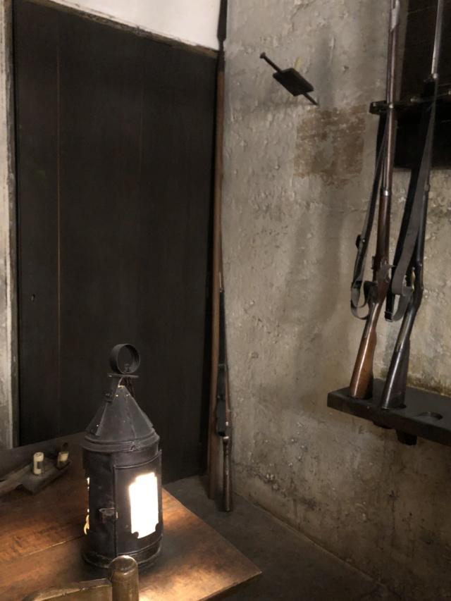 La cellule de Marie-Antoinette à la Conciergerie   - Page 6 F7306c10