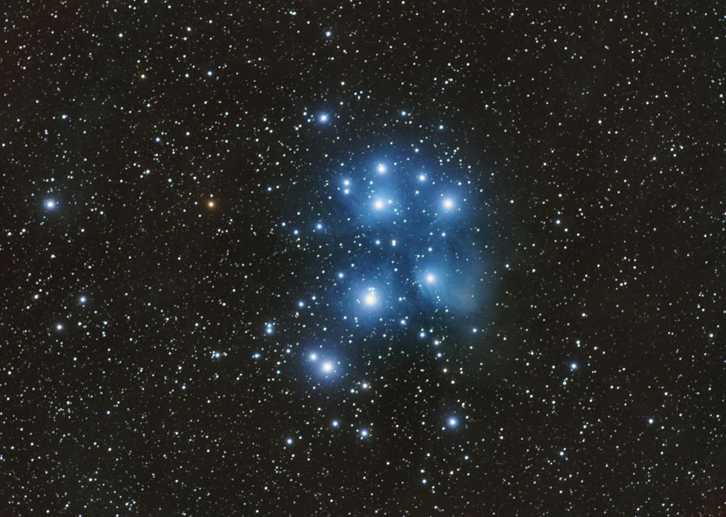 Amas ouvert des Pléiades M45-lr10