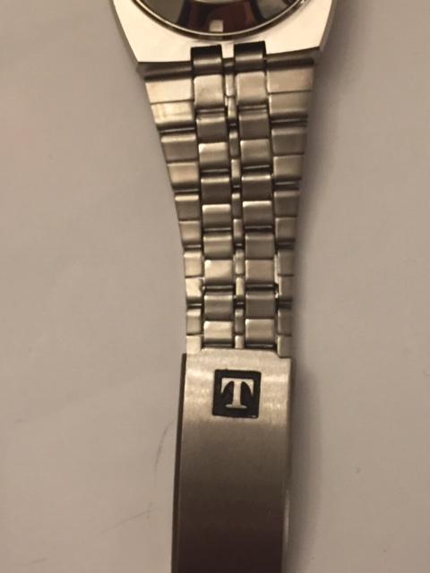 Jaeger -  [Postez ICI les demandes d'IDENTIFICATION et RENSEIGNEMENTS de vos montres] Tissot12