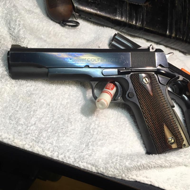 Bon je voulais vous montrer une partie de mes gun, bonne lecture les boys Img_1520