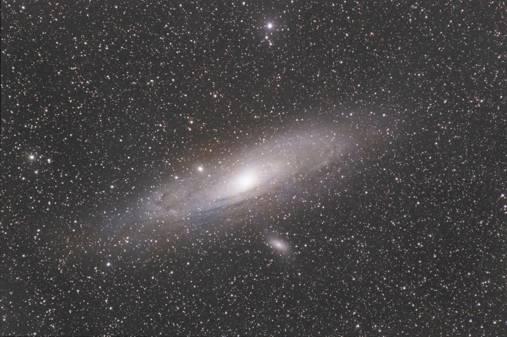 M31 RVB APN M31des10