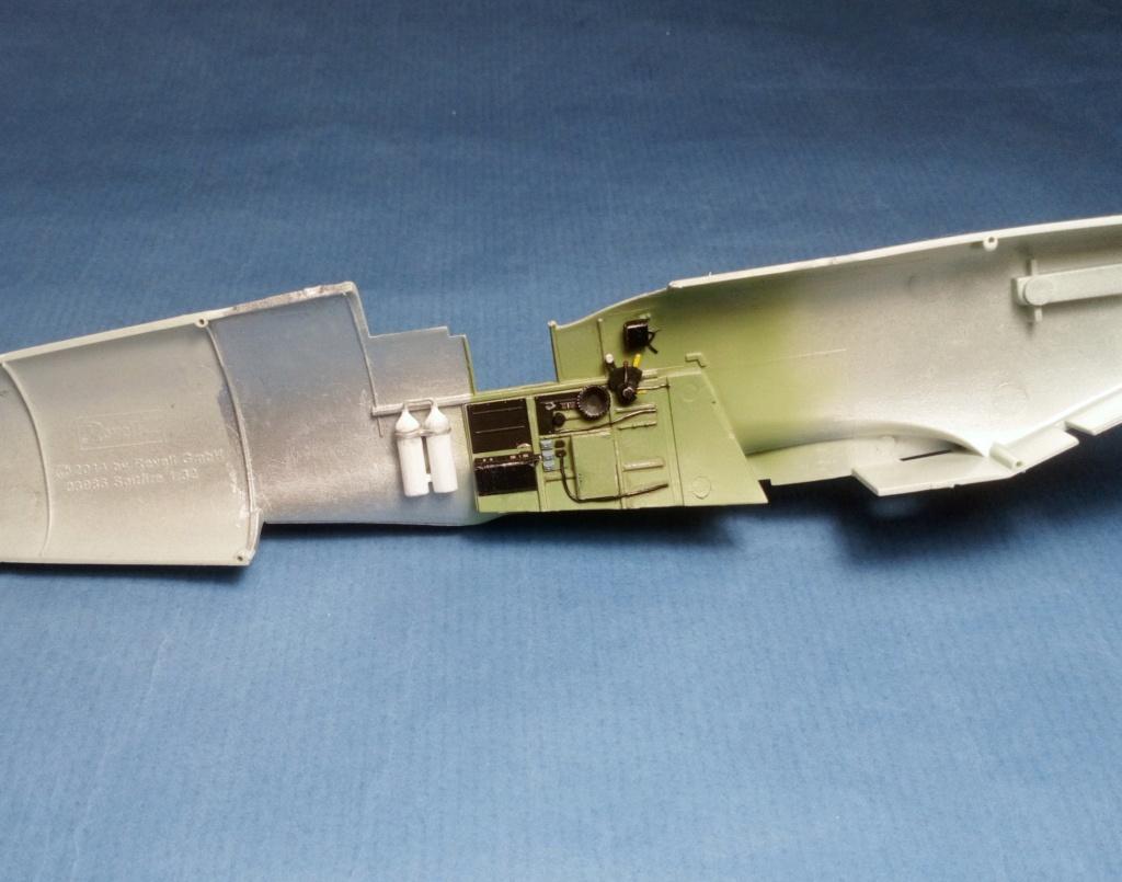 "Spitfire Mk IX e Revell 1/32 + décals Tamiya 1/4  ""Dauphine "" 0923"