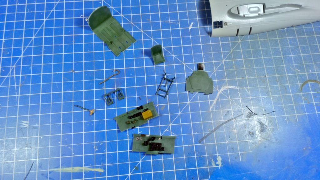 P47D Groupe II/5 Lafayette  1/32 Trumpeter - Page 2 2114