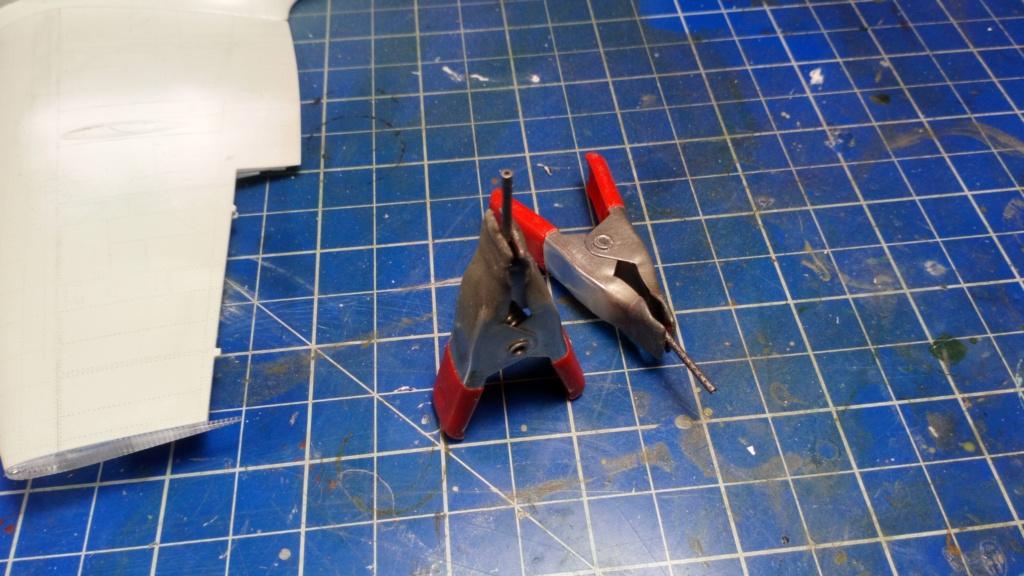 "Spitfire Mk IX e Revell 1/32 + décals Tamiya 1/4  ""Dauphine "" - Page 2 2414"