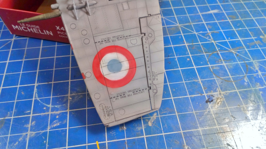 "Spitfire Mk IX e Revell 1/32 + décals Tamiya 1/4  ""Dauphine "" - Page 6 6812"