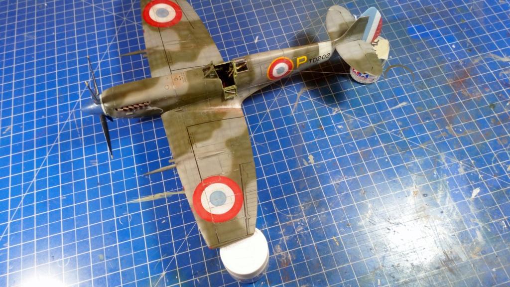"Spitfire Mk IX e Revell 1/32 + décals Tamiya 1/4  ""Dauphine "" - Page 6 7111"