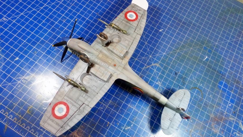 "Spitfire Mk IX e Revell 1/32 + décals Tamiya 1/4  ""Dauphine "" - Page 6 7211"